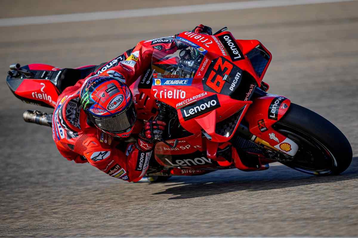 Pecco Bagnaia in pista nelle prove libere del Gran Premio di Aragon di MotoGP 2021 ad Alcaniz