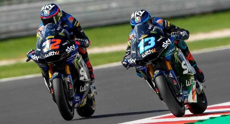 Marco Bezzecchi e Celestino Vietti sulle moto del team VR46 in Moto2