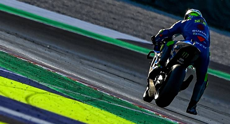 Joan Mir in pista sulla Suzuki nei test MotoGP di Misano Adriatico