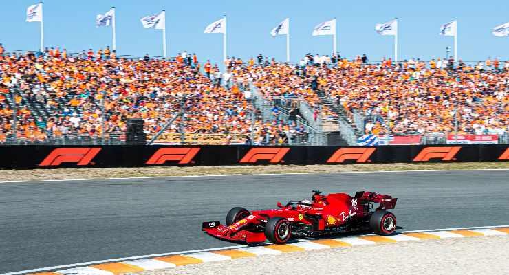 Charles Leclerc in pista nel Gran Premio d'Olanda di F1 2021 a Zandvoort