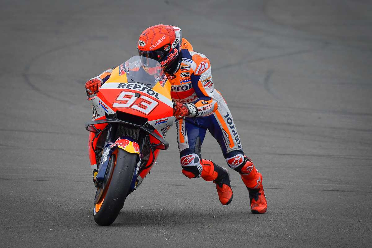 Marc Marquez dopo l'incidente con Jorge Martin al Gran Premio di Gran Bretagna di MotoGP 2021 a Silverstone