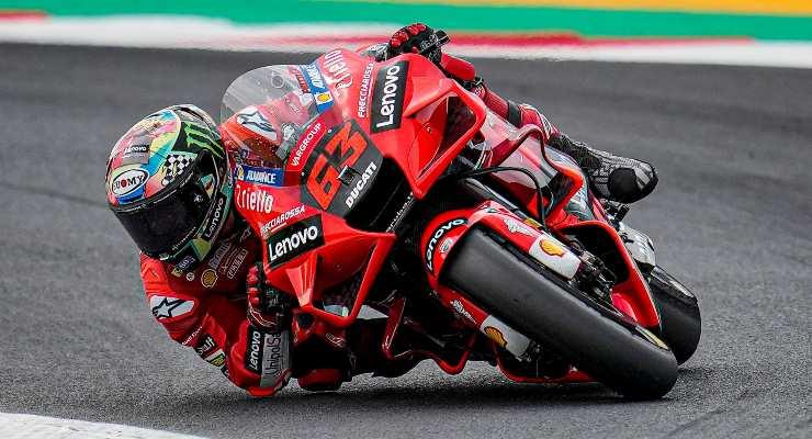 Pecco Bagnaia in pista al Gran Premio di San Marino di MotoGP 2021 a Misano Adriatico