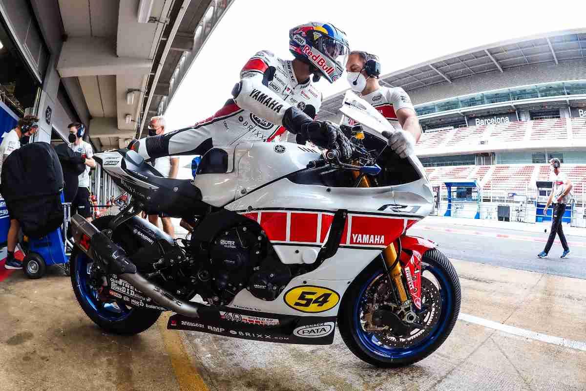 Toprak Razgatlioglu sulla Yamaha nel Mondiale Superbike a Barcellona