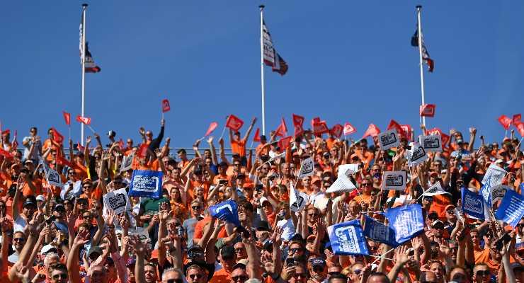 I tifosi di Formula 1 sulle tribune del Gran Premio d'Olanda a Zandvoort