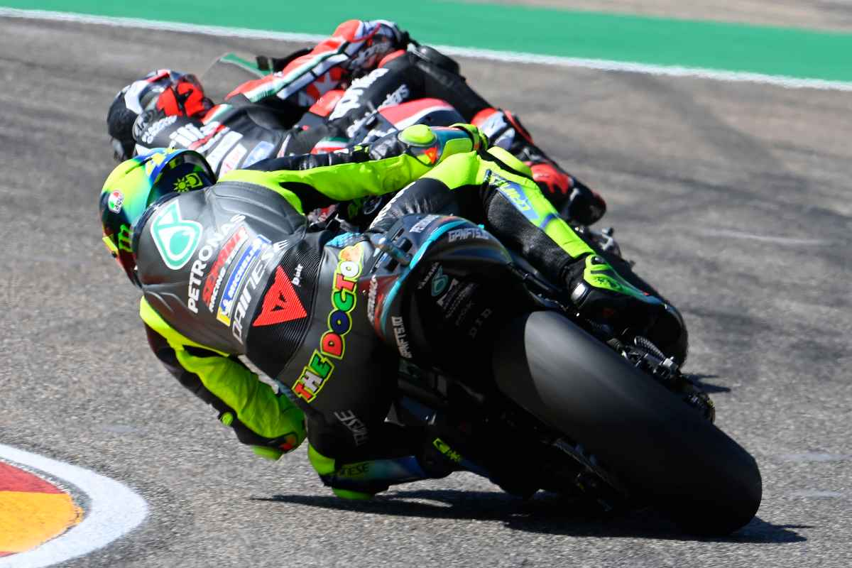 Valentino Rossi contro Maverick Vinales al Gran Premio di Aragon di MotoGP 2021 ad Alcaniz