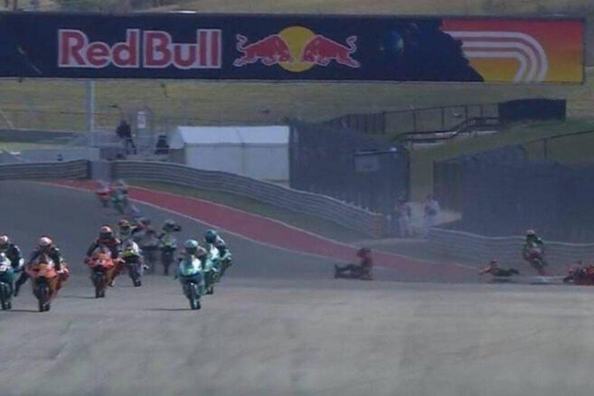 Le immagini dell'incidente ad Austin durante la Moto3 (Foto Facebook)