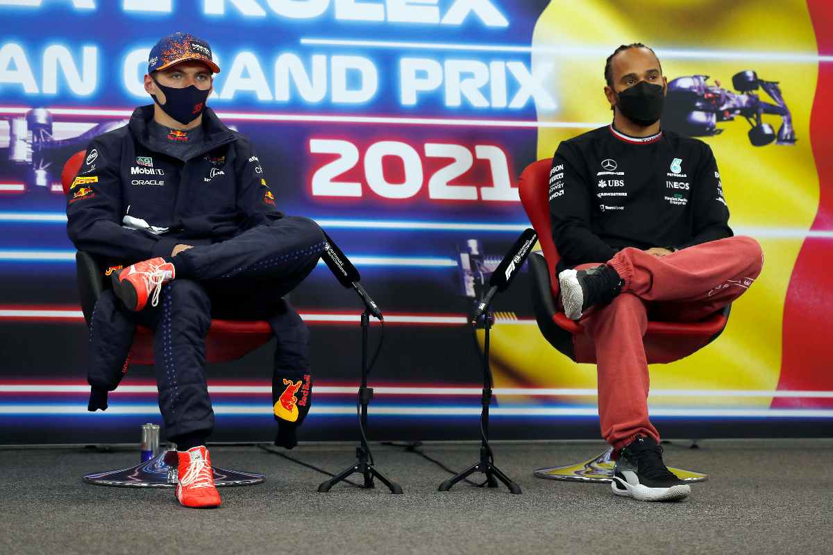 Verstappen ed Hamilton in conferenza stampa (Foto di Charles Coates - Pool/Getty Images)