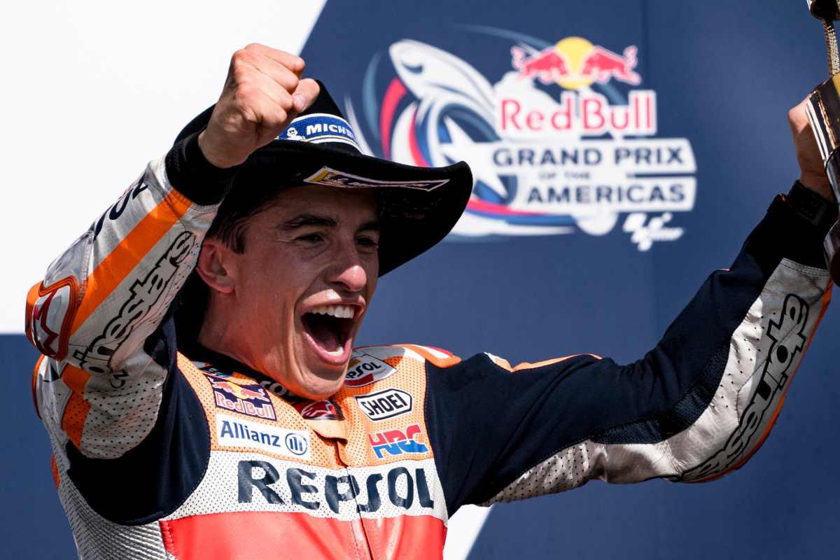 Marc Marquez sul gradino più alto del podio del Gran Premio delle Americhe di MotoGP 2021 ad Austin