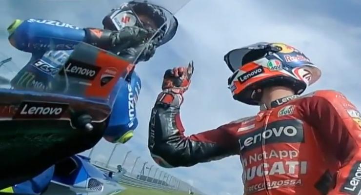 La lite Miller-Mir dopo l'incidente sfiorato in MotoGP ad Austin (Foto Twitter)