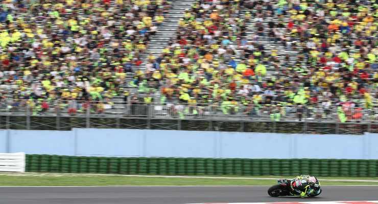Valentino Rossi davanti ai suoi tifosi a Misano Adriatico