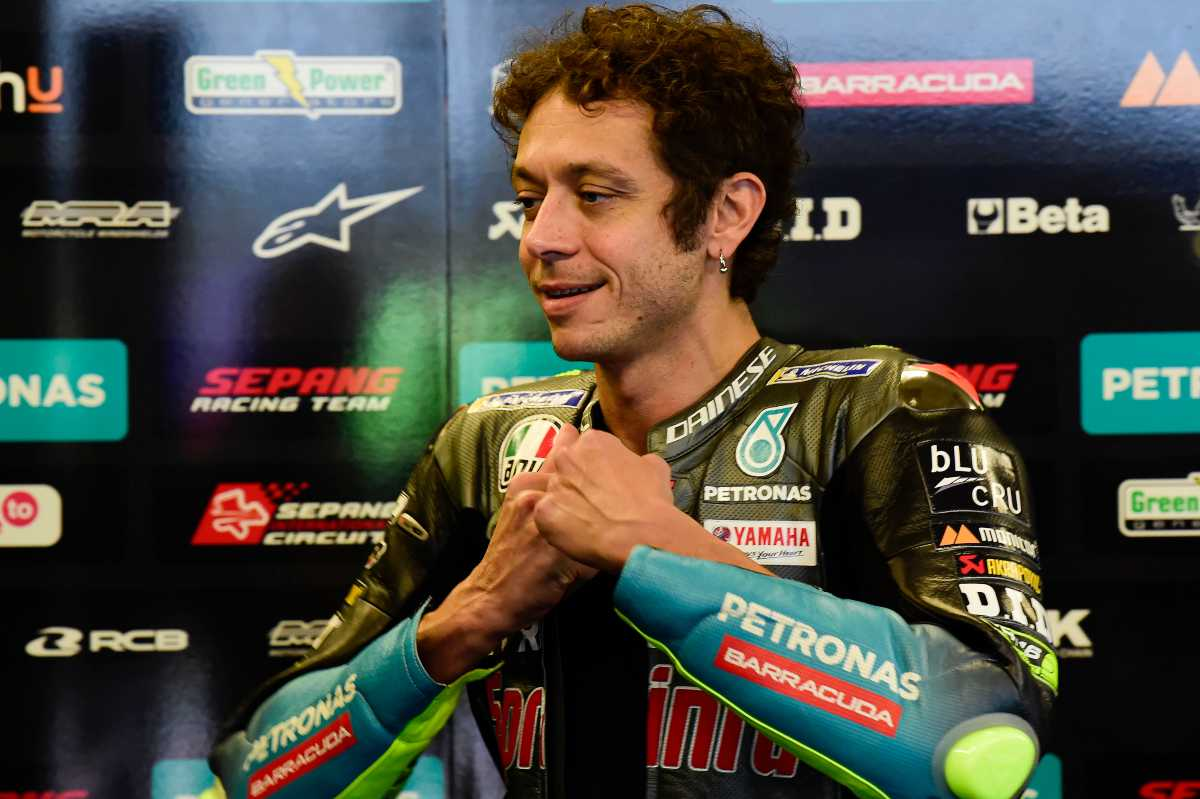 Valentino Rossi ai box nel Gran Premio delle Americhe di MotoGP 2021 ad Austin